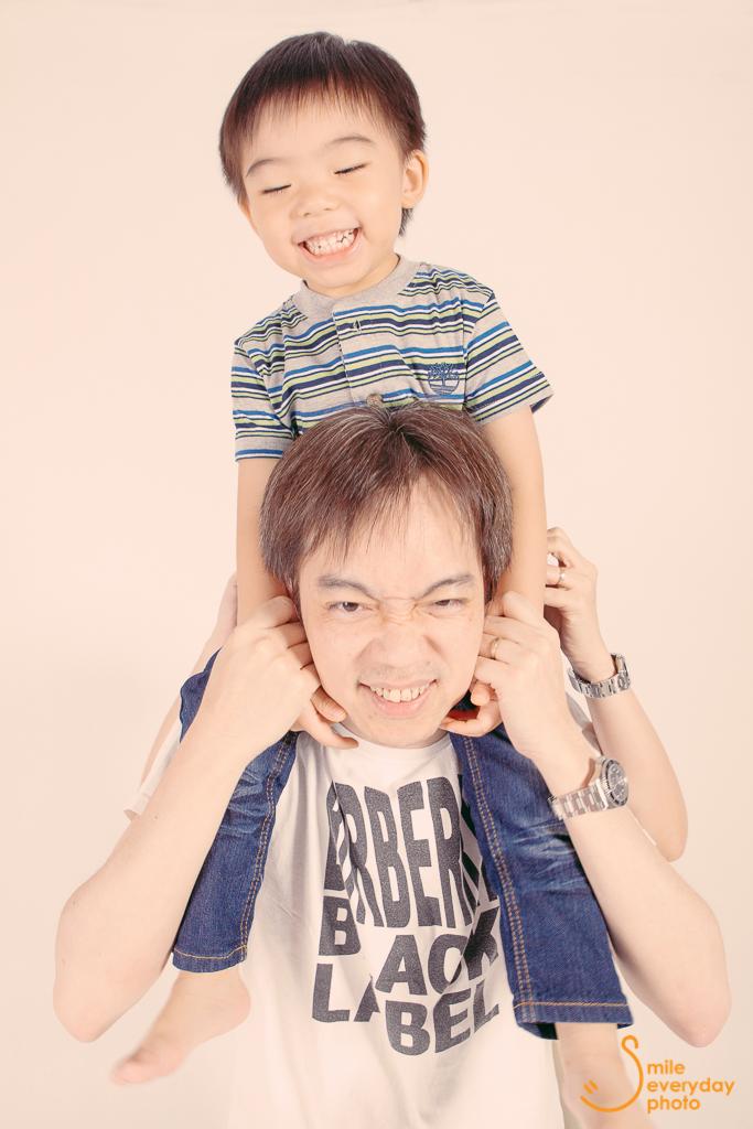 family photo, smile everyday photo